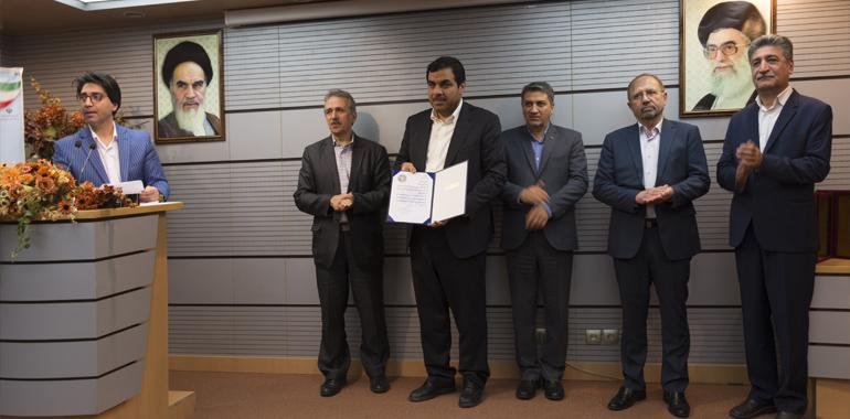 کسب عنوان محصول برتر تحقیق و توسعه کشور توسط گروه مهندسی صمیم